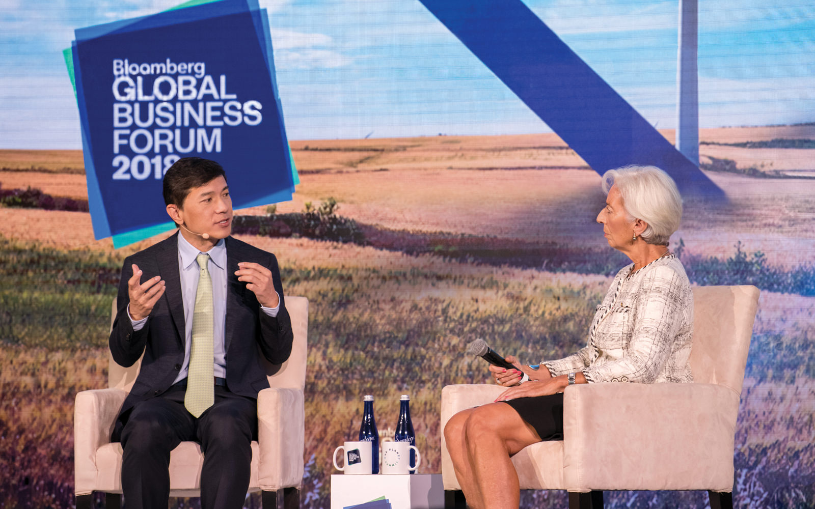 Robin Li, CEO of Baidu, and Christine Lagarde, Managing Director of the International Monetary Fund, discuss how technology impacts economic growth at the Bloomberg Global Business Forum in New York City.