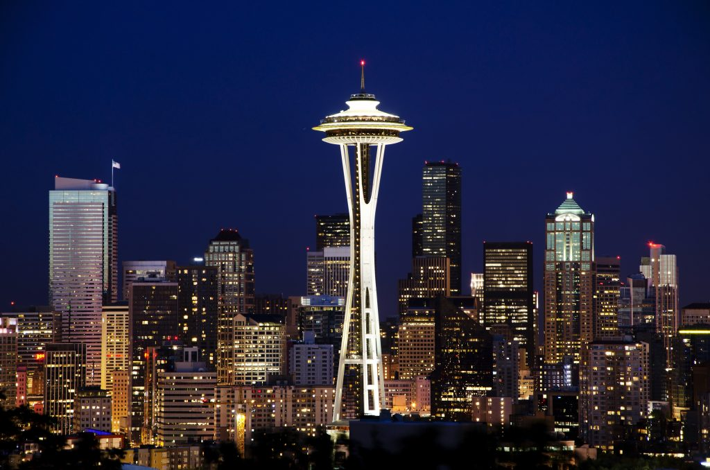 Photo of the Seattle skyline at night