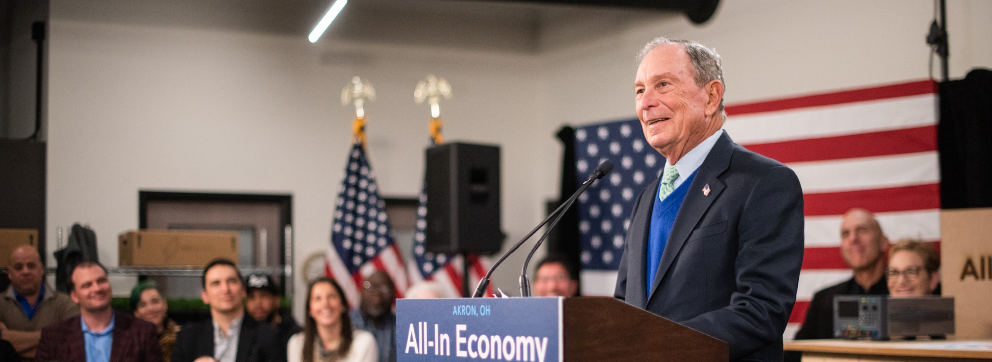 Mike Bloomberg attends an event with Mayor Daniel Horigan and Bounce Innovation Hub CEO Doug Weintraub in Akron, Ohio on January 8, 2020.