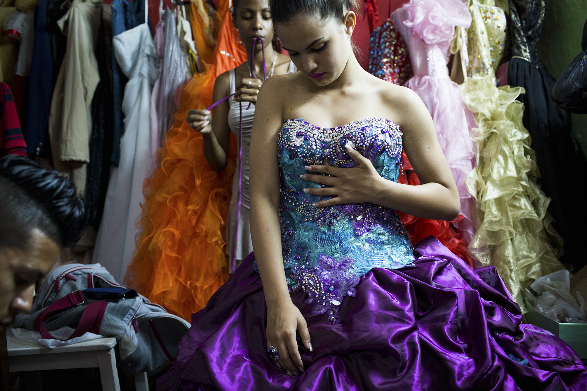 origins of quinceanera essay Quinceanera cerebrations history is mainly found in the aztec and mayan cultures of the latin american people with the roots in the ancient mexican society a girl approaching her fifteenth birthday would be taken from her home to be prepared on how to transcend from girlhood to womanhood and marriage.